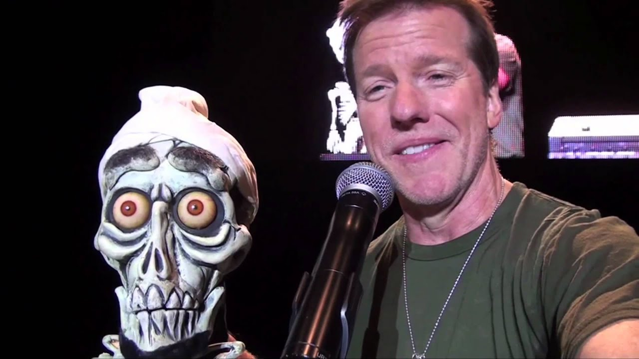 5 happy halloween from jeff dunham and achmed the dead for Achmed the dead terrorist halloween decoration