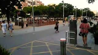 Вечер в испанском городке Пинеда де Мар. Пригород Барселоны. Июнь 2018.