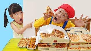 누가 내꺼 다 먹는거야?! 유니의 피자 도둑잡기 뽀로로 짜장 먹방 위치추적장치 낚시 인기동요 Fried Chicken Pizza and Pororo Black Noodle 로미유