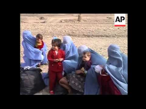 Afghan refugees find their way into Pakistan.