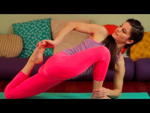 60 Minute Vinyasa Yoga Class with Leigha | Level 2/3