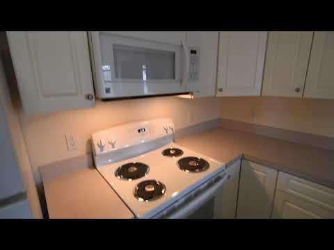 Beautiful 2 Bedroom Apartment, 1405 Beacon St Brookline MA