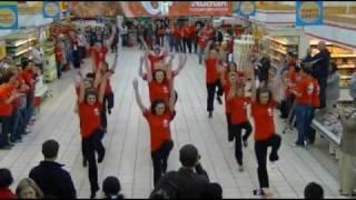 Auchan Polska Bydgoszcz Flash Mob 04.05.11