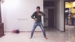 Chalti Hai Kya 9 Se 12 Song | Judwaa 2 | Varun | Jacqueline |Taapsee|Anu Malik wedding Sangeet dance