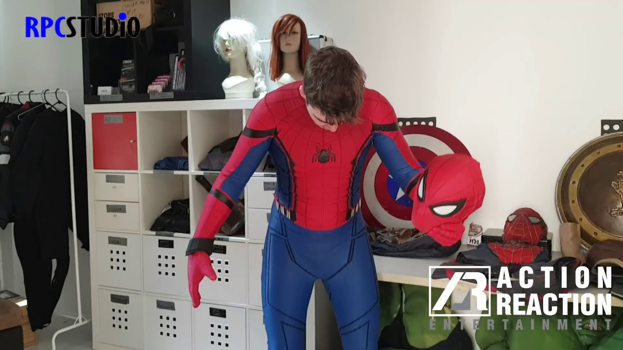 Spider-Man: Homecoming REPLICA suit - Unboxing & Review - YouTube