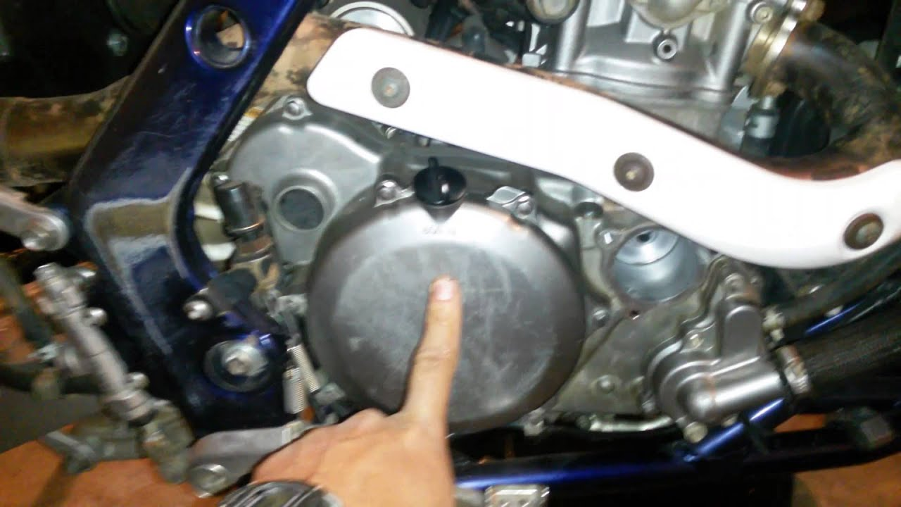 Suzuki LTR 450R oil change - YouTube