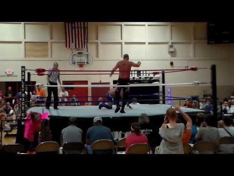 "Kyle Roberts vs ""Superstar"" Steve Fender 5/21/16"