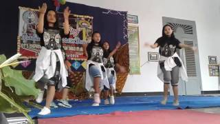 Video Dance XII A1 SMAN 1 BESUKI download MP3, 3GP, MP4, WEBM, AVI, FLV Desember 2017