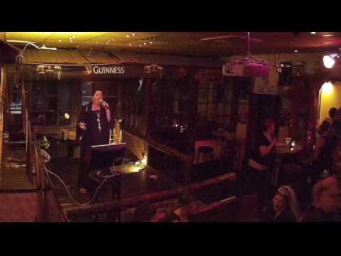Irish Pub Gießen Karaoke   2016 06 04    Nici   Knocking on heavens door