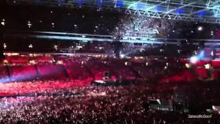 Muse ~ Entrance & Uprising ~ Wembley Stadium 2010 ~ Live Edit