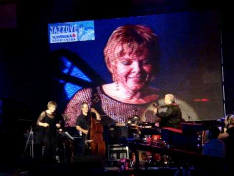 Karrin Allyson band performing song Moaning by Bobby Timmons on Bratislava Jazz Days 2008