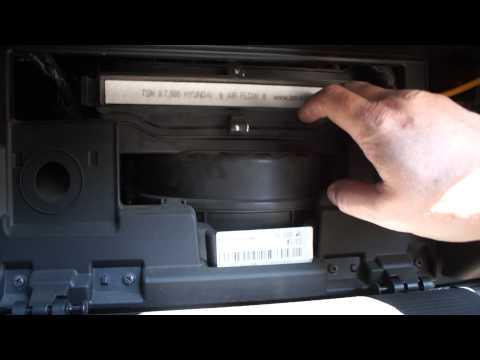 Как поменять салонный фильтр на киа спортейдж 3 видео