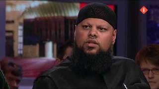 Irritante moslimhater Pauw dolt haatbaard Enait(Jeroen Pauw dolt haatbaard Enait. Met zogenaamd moeilijke woorden probeert deze haatbaard de surro-intellectueel uit te hangen. Ik zeg: Lekker oprotten ..., 2009-12-12T08:43:07.000Z)
