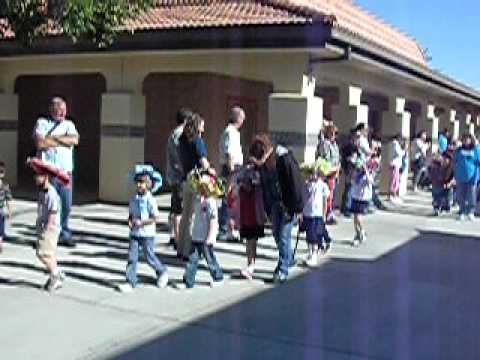 May 21, 2010.....Spring hat day at Vanguard preparatory school. What creative kids !!!!!