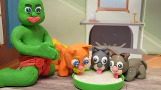 Green Baby LITTLE KITTENS CARE - Stop Motion Clay & Play DOh Cartoons For Kids