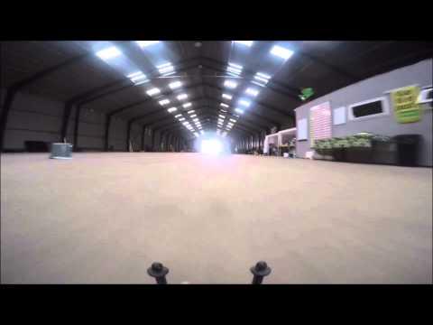 FARMEN - FESTLASTBILER.DK's 1600 m2 STORE GARAGE
