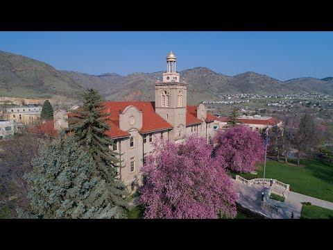 Spring 2018: Undergraduate Commencement Ceremony