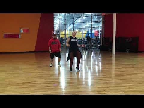 Chammak Challo//akon & Hamsika Lyer//fitness Dance//zumba