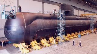 Australia in 'a terrible lot of trouble' with $90b 'con-job' submarine program