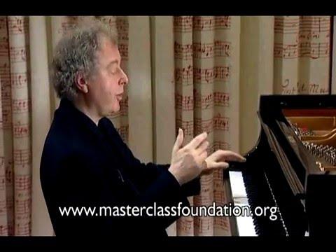 Schiff: Beethoven's Piano Sonata No.32 - Pre-Echo Of A Boogie-Woogie