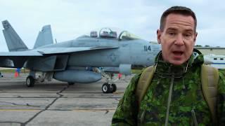 Tom Demerly of TheAviationist.com Walks Around F/A-18F Super Hornet.