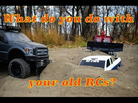 RC CWR What do you do with your old RCs? Axial honcho 6X6 and Pisten Bully 600