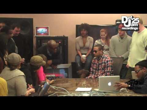 Ludacris Receives Platinum Plaque for