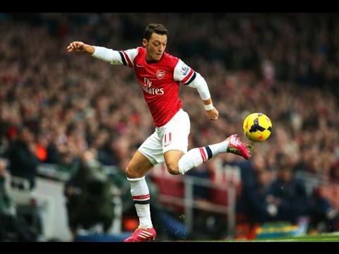 Mesut Özil - Crazy Skills / Dribbling / Passes 2014/2015  BPL Genius