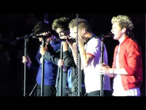 One Direction - Change My Mind @ the O2,...