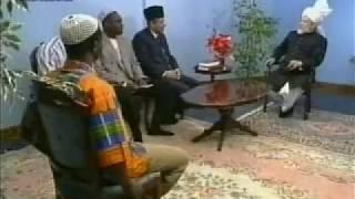 English Mulaqaat (Meeting) on March 3, 1996 with Hazrat Mirza Tahir Ahmad (rh)