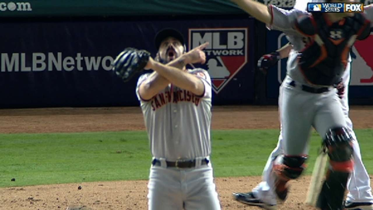 Wilson saves game to clinch World Series - YouTube