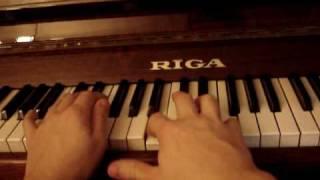Собачий вальс на пианино, видео