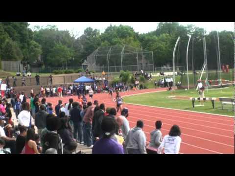Charlyncia Stennis 2011 AAU Distrist meet - 200m 28.39 lane 7 (1)