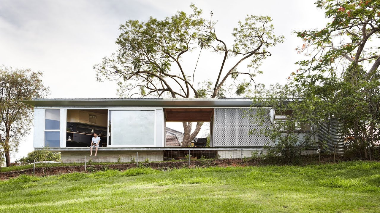Take A Video Tour Of A Ch S Tiny Keperra House In