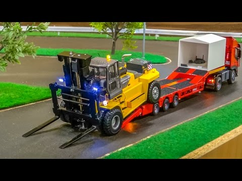 RC Container Trucks in Action in 1/32 scale  at Hof Mohr!