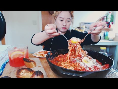 How to make 'EGGS IN HELL' Pasta | Mukbang