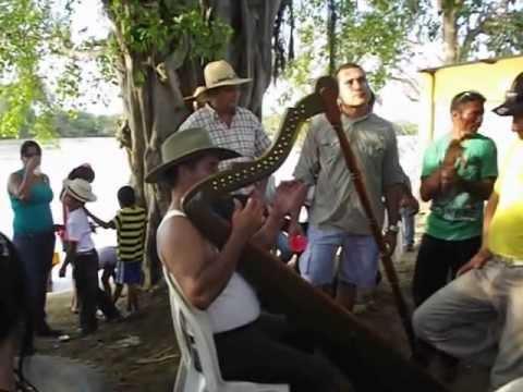 PUERTO MIRANDA, EDUARDO ALCALA. elorza 2013.
