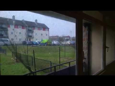Przykładowe nowe Szkockie mieszkanie z City Council. Mieszkanie socjalne Wielka Brytania.