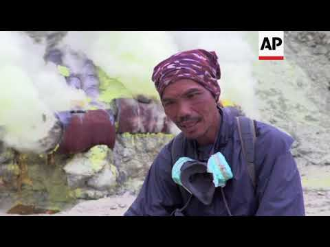 Sulphur Miners Offer Goat's Head In Return For Safety On Volcano
