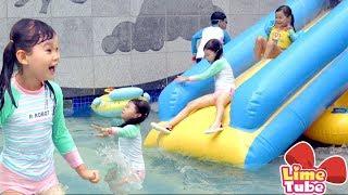 [라임송 뮤직비디오]라임이네 아파트 수영장에 가다! 뽀로로 장난감 놀이swimming pool playground  | 라임송 인기동요