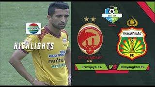 Tendangan Pisang Jalilov Masih Melebar Dari Gawang Awan Setho - Sriwijaya FC vs Bhayangkara FC