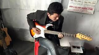 Hamari adhuri kahani-instrumental...