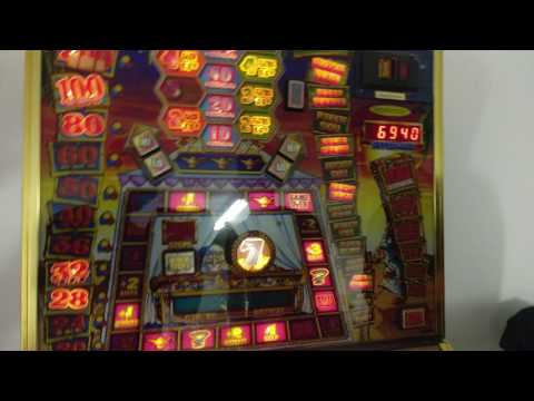 HOW TO HACK A SLOT MACHINE IN THE CASINO!!!!!