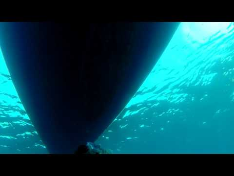 SWIMMING UNDER 50 ft SAILINGBOAT (2/2) (07 JUL 2015)