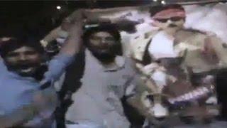 Pawan Kalyan Insulted by Kapu Caste Activist in Guntur: Watch Exclusive