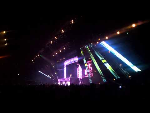 ASOT 600 Sofia 08.03.2013 - Dash Berlin - Better half of me