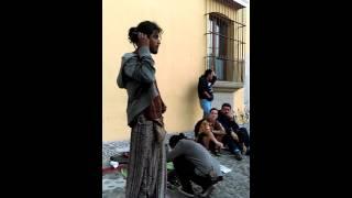 Los raperos en la antigua Guatemala thumbnail