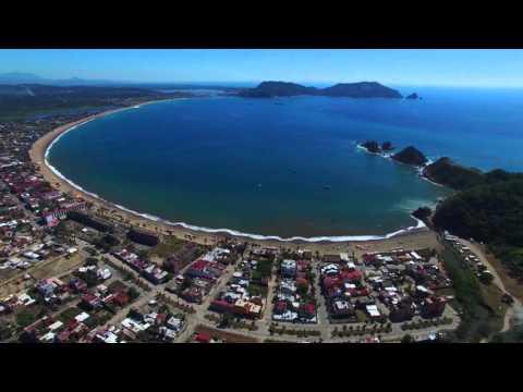 Vue aérienne de Melaque, San Patricio, MX