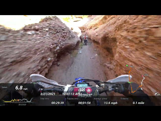 Surrounded by 2 Strokes and 4 Strokes - Riding with locals in Moapa NV - The BEST BITS Part 1