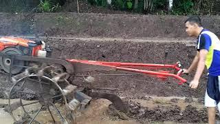Download Video Tutorial Cara Membajak Sawah Dengan Traktor Yang Benarr MP3 3GP MP4